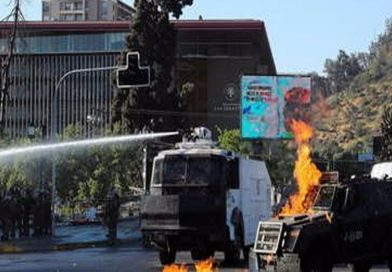 Protestas en Chile días después de histórico plebiscito; exigen liberación de detenidos en manifestaciones de 2019