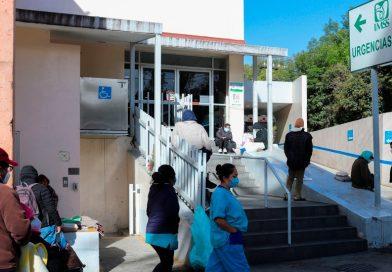 Tercera ola de COVID-19 provoca saturación de hospitales en todo México