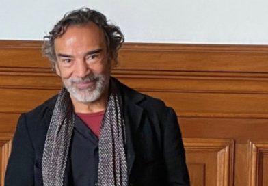 Damián Alcázar invita a participar en consulta popular sobre juicio a expresidentes